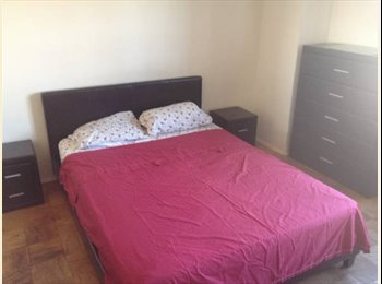 EasyRoommate US - Lovely room, Warm home needs right rooommate! - Baychester/Parkchester, New York City - $625