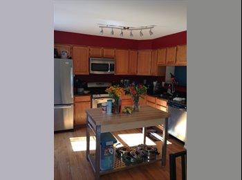 EasyRoommate US - Room in Kingstowne for professional female - Alexandria, Alexandria - $850