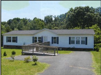 EasyRoommate US - 3 Bedroom 2 Bath home for rent - Winston Salem, Winston Salem - $950