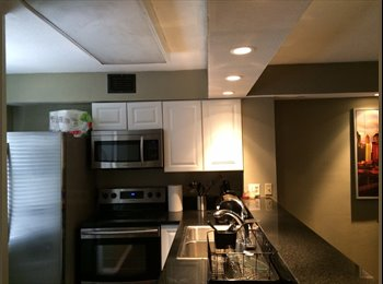 EasyRoommate US - Private Room w/ private bathroom in luxury condo by Baylor - Waco, Waco - $575