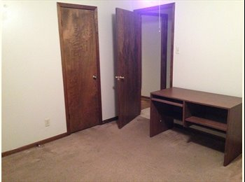 EasyRoommate US - Roommate Needed ASAP!  First Month of Rent Free - Bryan, Bryan - $425