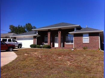 EasyRoommate US - House in Milton - Pensacola, Other-Florida - $600