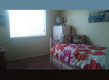 EasyRoommate US - Room for rent - Chula Vista, San Diego - $650