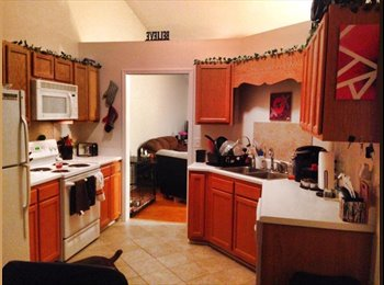 EasyRoommate US - Need roommate for 2BR 2BA NICE townhouse - Greensboro, Greensboro - $550