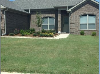 EasyRoommate US - Room for rent in quiet, clean, suburban neighborhood - Pulaskia, Little Rock - $600