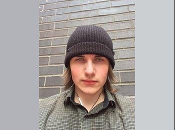 EasyRoommate US - Vladislav - 19 - New York City