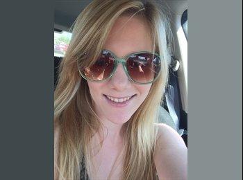 Kristina - 25 - Student