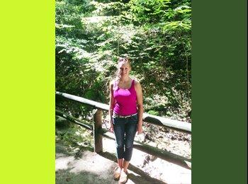 EasyRoommate US - Rebecca - 18 - Other-Florida