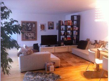 EasyWG AT - Möbliertes Zimmer in 2er Mädels WG, in 1060 Wien - Wien  6. Bezirk (Mariahilf), Wien - €403