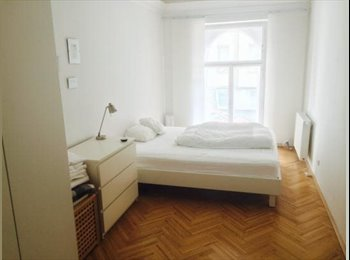 EasyWG AT - Zimmer & Mitbenutzung in 120qm 2er WG - Wien  7. (Neubau), Wien - €795