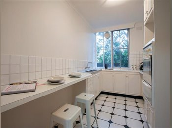 Close to Chapel St. Fully furnished