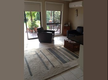 EasyRoommate AU - Quiet, well maintained home - Seabrook, Melbourne - $180