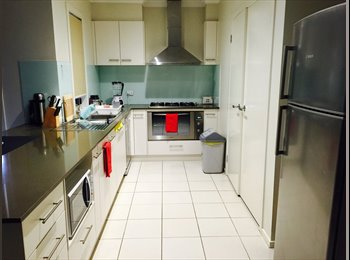 EasyRoommate AU - Family Day Care Provider - St Albans, Melbourne - $200