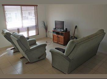 Clean, spacious, modern, Kirwan