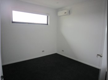 EasyRoommate AU - Room to rent in brand new townhouse - Altona North, Melbourne - $200