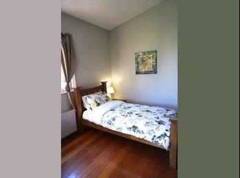 EasyRoommate AU - Large Room in Quiet Tree Lined Street - Bondi Junction, Sydney - $250