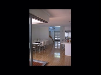 EasyRoommate AU - Room for rent - Doubleview, Perth - $200