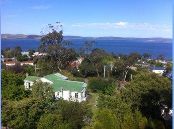 EasyRoommate AU - Furnished rooms in Taroona lovely views internet - Taroona, Hobart - $100