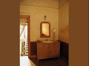 Appartager BE - 1 chambre en coloc dans une maison exceptionnelle - Charleroi, Charleroi - €450