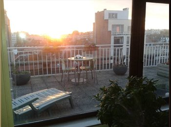 Appartager BE - Awesome Penthouse with HUGE terrace! - le Quartier Européen (Léopold, Schuman), Bruxelles-Brussel - €750