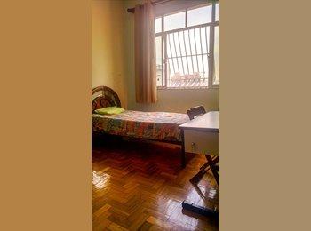 EasyQuarto BR - ALUGO DOIS QUARTOS MOBILIADOS - Centro, Niterói - R$900