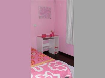 EasyQuarto BR - Vaga em apartamento no centro - Centro, Curitiba - R$750