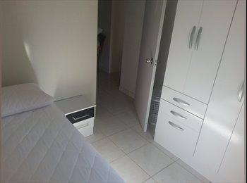 EasyQuarto BR - PROCURO MOÇAS / RAPAZES - Joinville, Região de Joinville - R$500