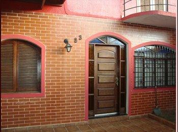 EasyQuarto BR - ALUGO QUARTO PARA MULHERES - Morumbi, São Paulo capital - R$600