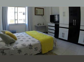 EasyQuarto BR - Quarto de Casal na Rua Bolivar - Copacabana, Rio de Janeiro (Capital) - R$1800