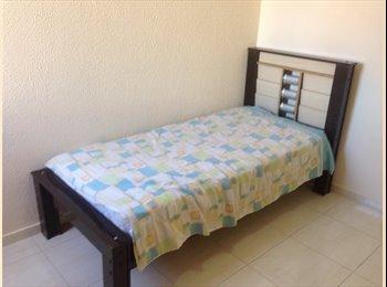 EasyQuarto BR - Alugo quarto !!!! - São José dos Campos, São José dos Campos - R$500