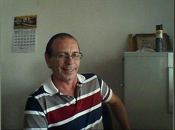 EasyQuarto BR - Carlos Eduardo - 56 - São José dos Campos