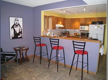 2 berooms on 2nd floor in Inglewood Cove home
