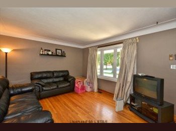 EasyRoommate CA - room for rent in fully furnished house - London, South West Ontario - $460