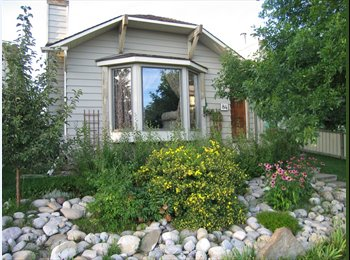 EasyRoommate CA - Room for Rent Riverbend - Other Calgary, Calgary - $650