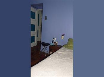 Habitación disponible para mujer!!!