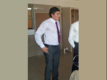 Leandro - 28 - Profesional