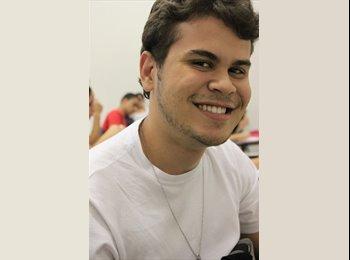 Gustavo - 22 - Estudiante