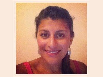 Gabriela - 25 - Estudiante