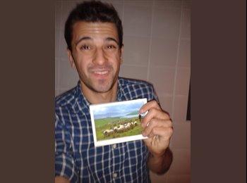 Alejandro - 26 - Estudiante