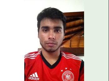 Alvaro  - 18 - Estudiante