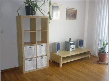 EasyWG DE - Großes helles möbiliertes  Zimmer - Mahlsdorf, Berlin - €400