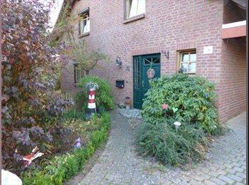 EasyWG DE - WG in eigenem Haus, da Frau ausgezogen ist - Lüneburg, Luneburg - €320