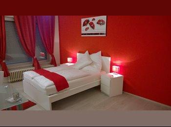 EasyWG DE - Tolles Apartment mit Veranda - Wedding, Berlin - €570