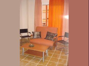 EasyPiso ES estudio de un dormitorio, solo chicas - Otras Áreas, Valencia - 270 por Mes,€ - Foto 1