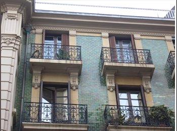 EasyPiso ES - Habitaciones Exclusive con Vista al Mar - Gros, San Sebastián - €350