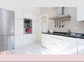 EasyPiso ES - Habitación en el centro moderno y luminoso - Centro Ciudad - Ayuntamiento, Santander - €225