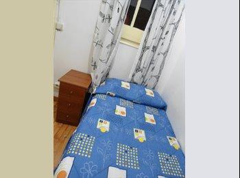 EasyPiso ES - Habitación - Sants-Montjuïc, Barcelona - €220