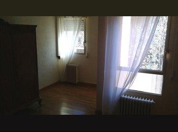 EasyPiso ES - Habitación con baño propio Legazpi-Embajadores - Arganzuela, Madrid - €420