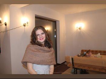 Ruxandra - 20 - Estudiante