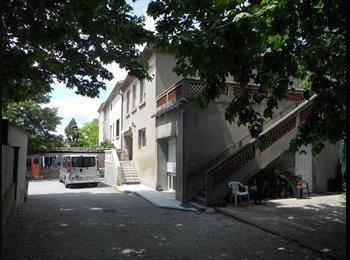 Appartager FR - Collocation à Carcassonne - Carcassonne, Carcassonne - €240